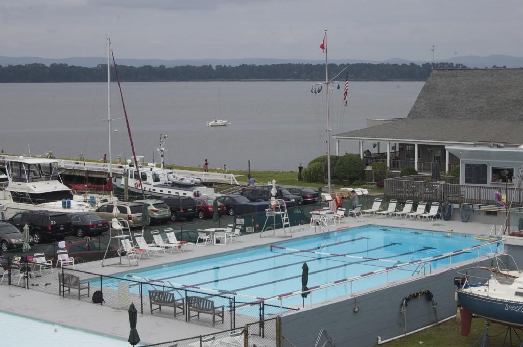 SYC pool adn club